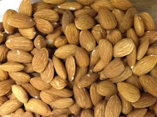 NM ALMONDS  shelled