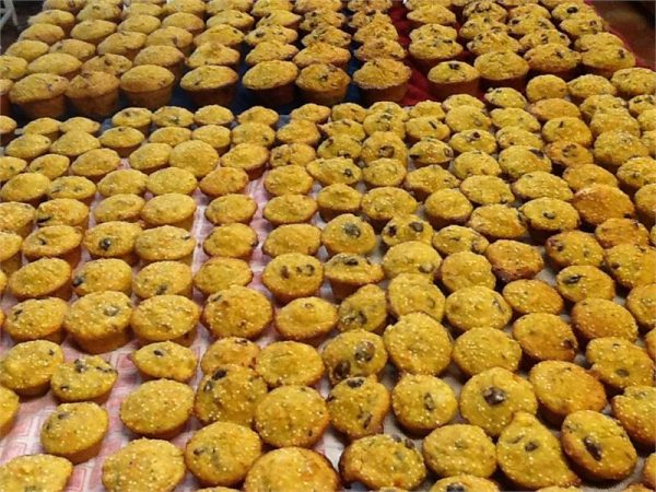 NM Muffins 6 Large